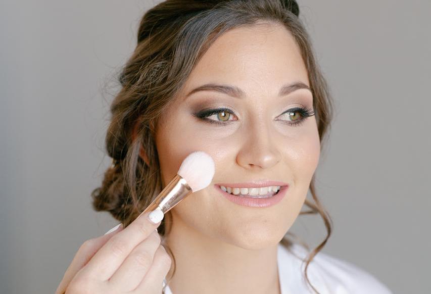 Jumie LC makeup